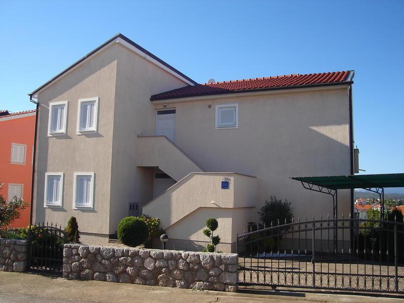 14-oliver_home
