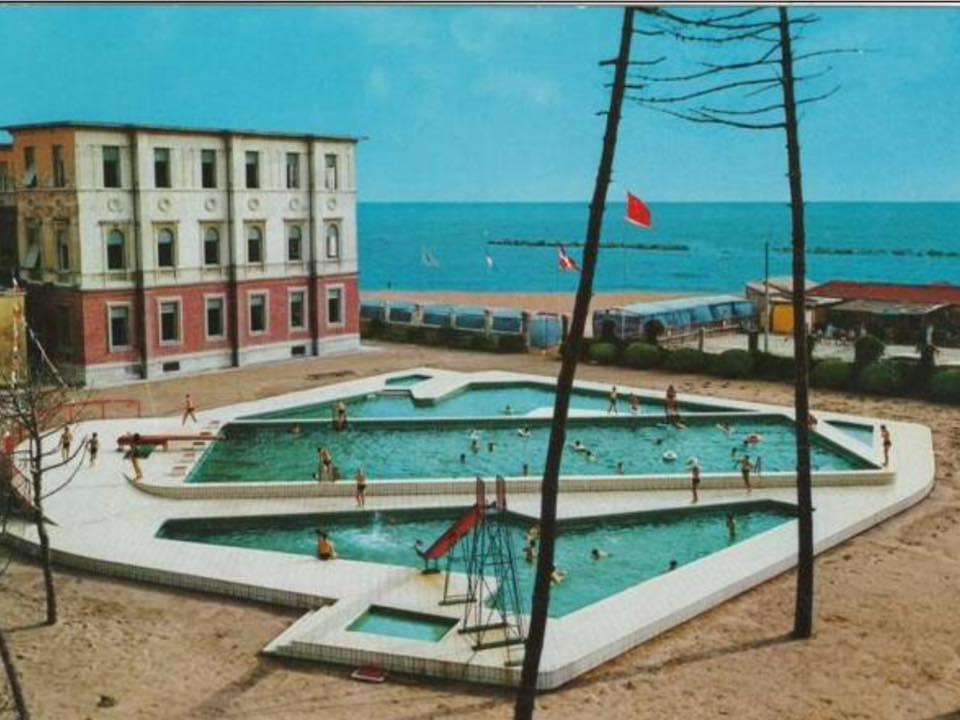 Marina di Massa piscine colonia Motta