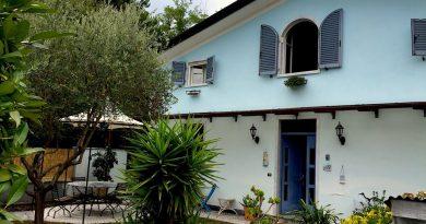 Marina di Massa appartamento in villa 4-5 posti