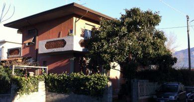 Marina di Massa affitti estivi alloggio 6 posti