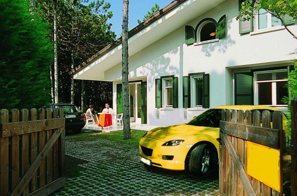 Appartamento in villa bifamiliare a Lignano Pineta