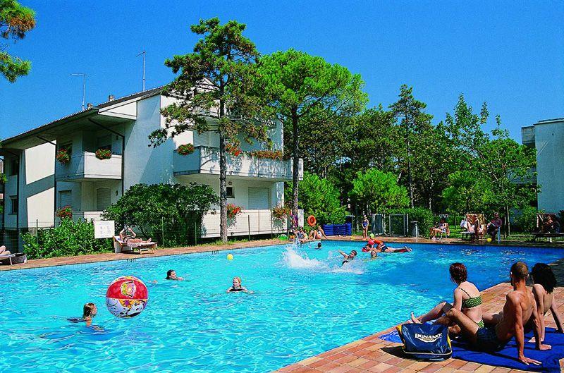 Lignano Pineta appartamento per 7 persone con piscina
