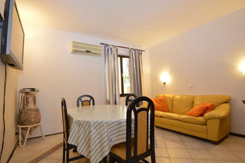 Lussino case vacanza, appartamento 4/5 posti in affitto
