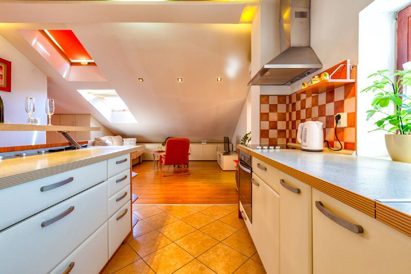 Lussino case vacanza appartamento bene arredato in affitto